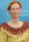 Tilda Swinton bunt
