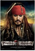 Johnny Depp posiert mit Piratenkollegen