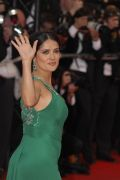 Salma Hayeks weibliche Formen