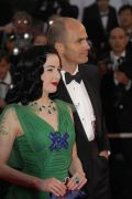 Dita von Teese in grnblau