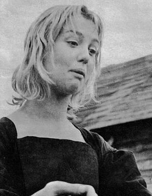 Mylène Demongeot als Verführerin Abigail.