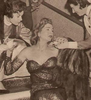 Vera Valentina nach ihrem Schwächeanfall.