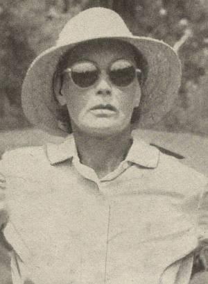 Greta Garbo mit Hut und Sonnenbrille.