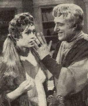 Flirteleien zwischen dem römischen, kaiserlichen Ehepaar.