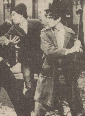 "Die Brüder Chipo und Harpo Marx in ""The Cocoanuts"""