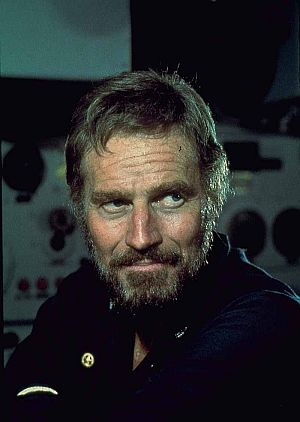 "Charlton Heston als Kapitän Paul Blanchard in ""U-Boot in Not"""