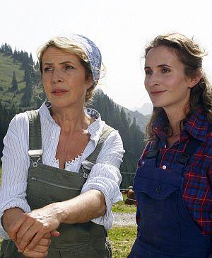 Michaela May und Alexandra Schiffer, Eine Sennerin zum Verlieben