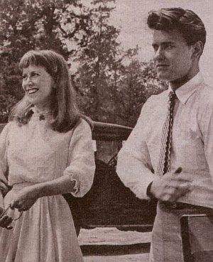 Noch sind Julie Harris und Richard Davalos ein glückliches Paar