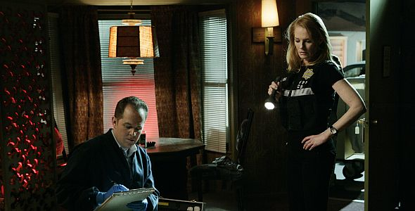 CSI: Crime Scene Investigation- Season 2.1
