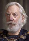 """Donald Sutherland in """"Die Säulen der Erde"""""""