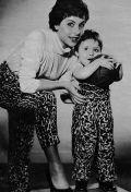 Sonja Ziemann mit ihrem Sohn Pierre.