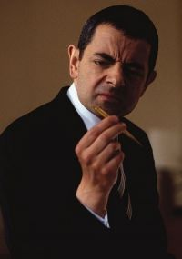 Rowan Atkinson in: Johnny English