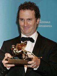 Darren Aronofsky nebst Goldenem Löwen
