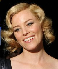 Elizabeth Banks rührt in Cannes für