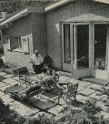 Georg Thomalla auf seiner traumhaften Terrasse in Lichtenrade