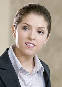 Anna Kendrick als Natalie an der Seite von George Clooney in &quot;Up in the Air&quot;