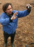 Regisseur Tim Burton am Set von Big Fish
