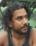 "Naveen Andrews in ""Lost"""