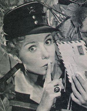 Gardy Granass als Postbeamtin Christel Werner