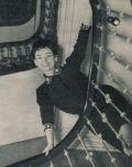 Ingrid Andree im Treppenhaus