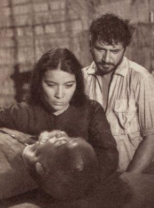 """Anne Méchard und Daniel Gélin in """"Das Halbblut von Saigon"""""""