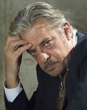 "Giancarlo Giannini in ""James Bond 007: Ein Quantum Trost"""