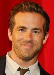 "Ryan Reynolds auf der ""Green Lantern""-Premiere in Berlin"