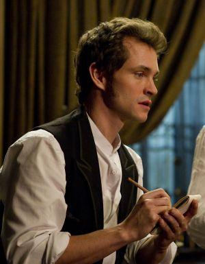 Mortimer Granville (Hugh Dancy) tüftelt an seiner genialen Erfindung