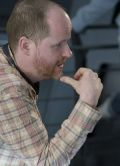 "Joss Whedon am Set von ""The Avengers"""