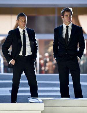 """Tom Hardy und Chris Pine in """"Das gibt Ärger"""""""