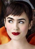 """Lily Collins in """"Spieglein Spieglein - Die wirklich wahre Geschichte von Schneewittchen"""""""