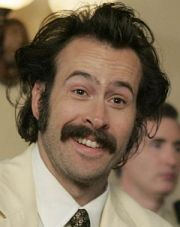 "Jason Lee in ""My Name is Earl"""