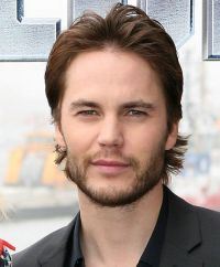 "Taylor Kitsch beim Photoshooting zu  ""Battleship"" in Hamburg"