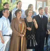 Cast & Crew am Set von Das Adlon: