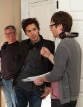 """Regisseur Akiva Schaffer bespricht mit seinen Kollegen die Szenen am Set zu """"The Watch - Nachbarn der 3. Art"""""""