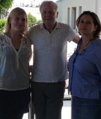 Louise von Johnston, Wolfgang Petersen und Barbara Huber auf dem Balkon der Produktionsfirma Radiant Productions