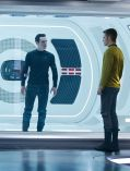 "Benedict Cumberbatch und Chris Pine in ""Star Trek Into Darkness"""