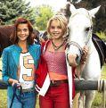 """Lina Larissa Strahl und Lisa-Marie Werner in """"Bibi & Tina - Der Film"""""""
