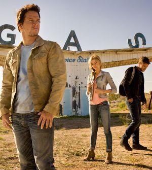 """Mark Wahlberg und Nicola Peltz in """"Transformers - Ära des Untergangs 3D"""""""