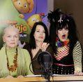 """Kinderarbeit! Eva Maria Hagen mit Enkelin Cosma Shiva und Tochter Nina (""""Die Biene Maja - Der Film"""")"""
