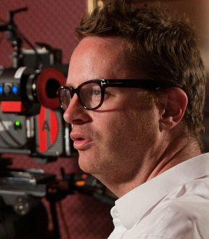 """Nicolas Winding Refn auf dem Set von """"Drive"""""""