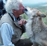 """Jean-Jacques Annaud am Set von """"Der letzte Wolf"""""""