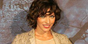 """Milla rührt 2004 die Werbetrommel für """"Resident Evil: Apocalypse"""""""