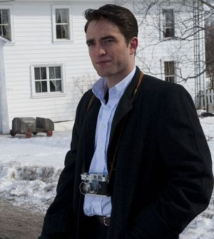 "Robert Pattinson als Fotograf Dennis Stock in ""Life"""