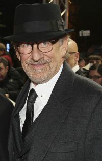 Steven Spielberg feiert in Berlin die deutsche