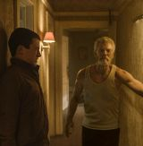 "Luftanhalten: Dylan Minnette und Stephen Lang in ""Don't Breathe"" (2016)"