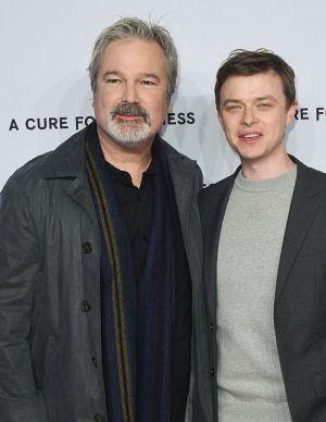 Gore Verbinski mit Hauptdarsteller Dane DeHaan auf der Berliner Premiere