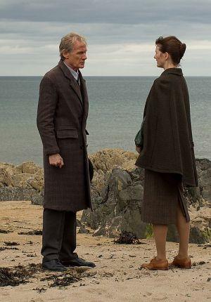 "Bill Nighy & Emily Mortimer in ""Der Buchladen der Florence Green"""