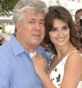 Pedro Almodvar fhlt sich von Penlope Cruz angezogen