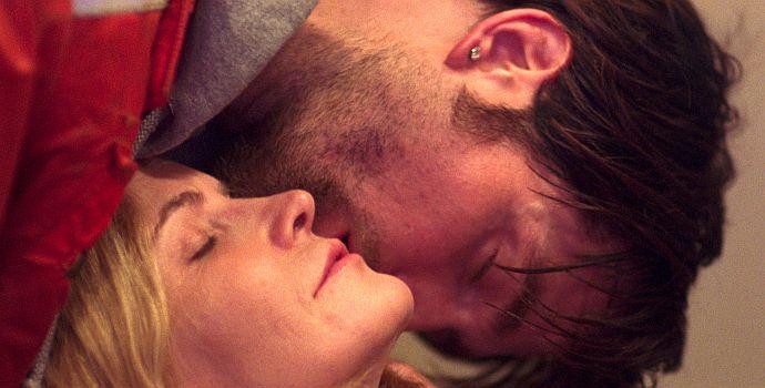 """Jennifer Jason Leigh und Robert Pattinson in """"Good Time"""" (2017)"""